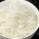 Steamed White Rice with a Rice Cooker (饭)