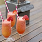 Fancy Strawberry and Mango Swirl Smoothie w/ Mayer Bianco Diver Blender | Summer Party Series