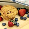 Mixed Berry Muffins with Crumble Topping
