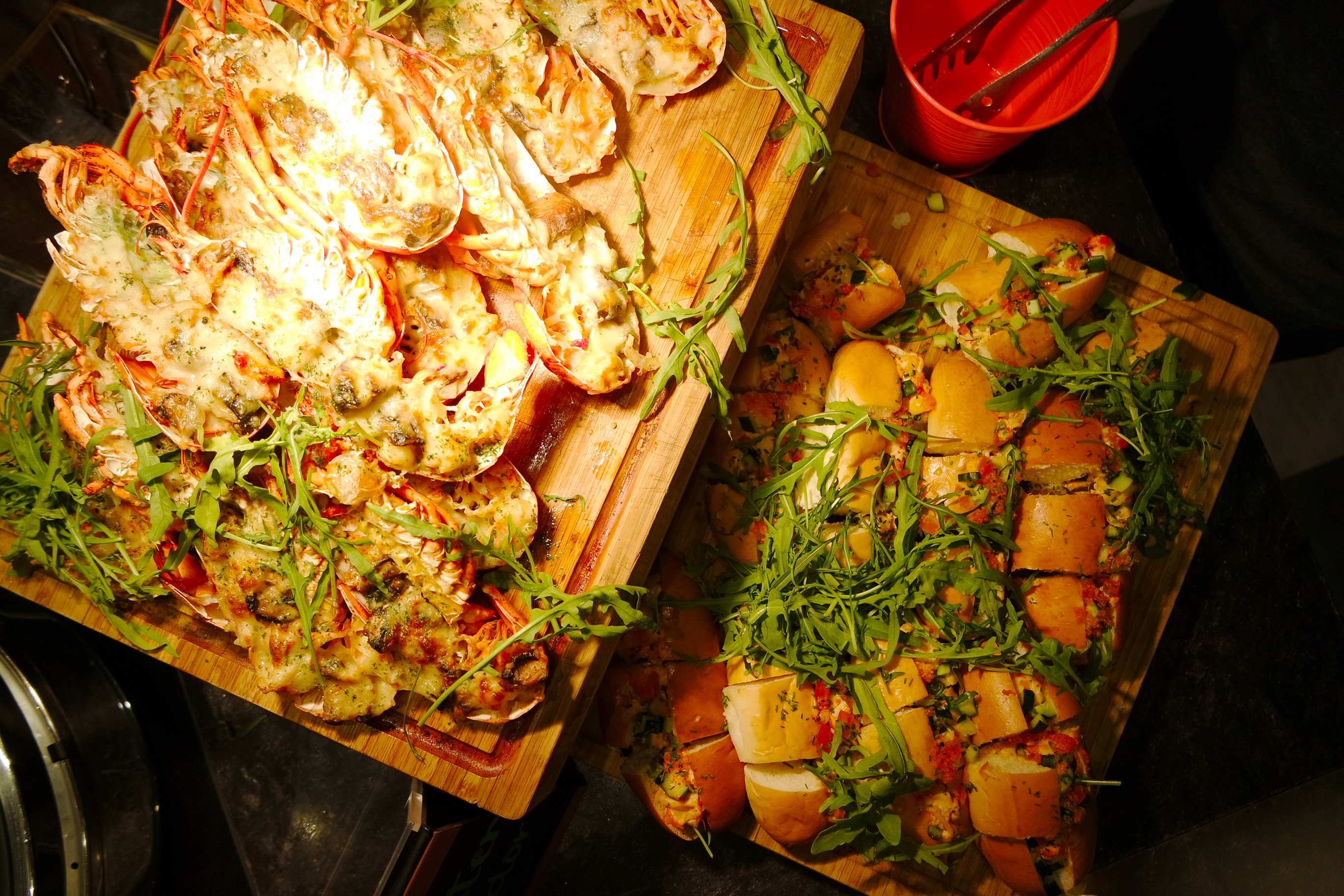 Lobster's Buffet on Wednesday - Baked Cheese Lobster & Lobster Roll