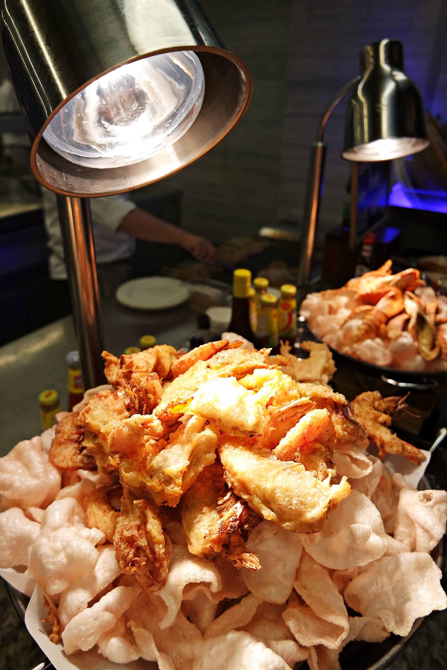 Prawns fried in crispy light batter