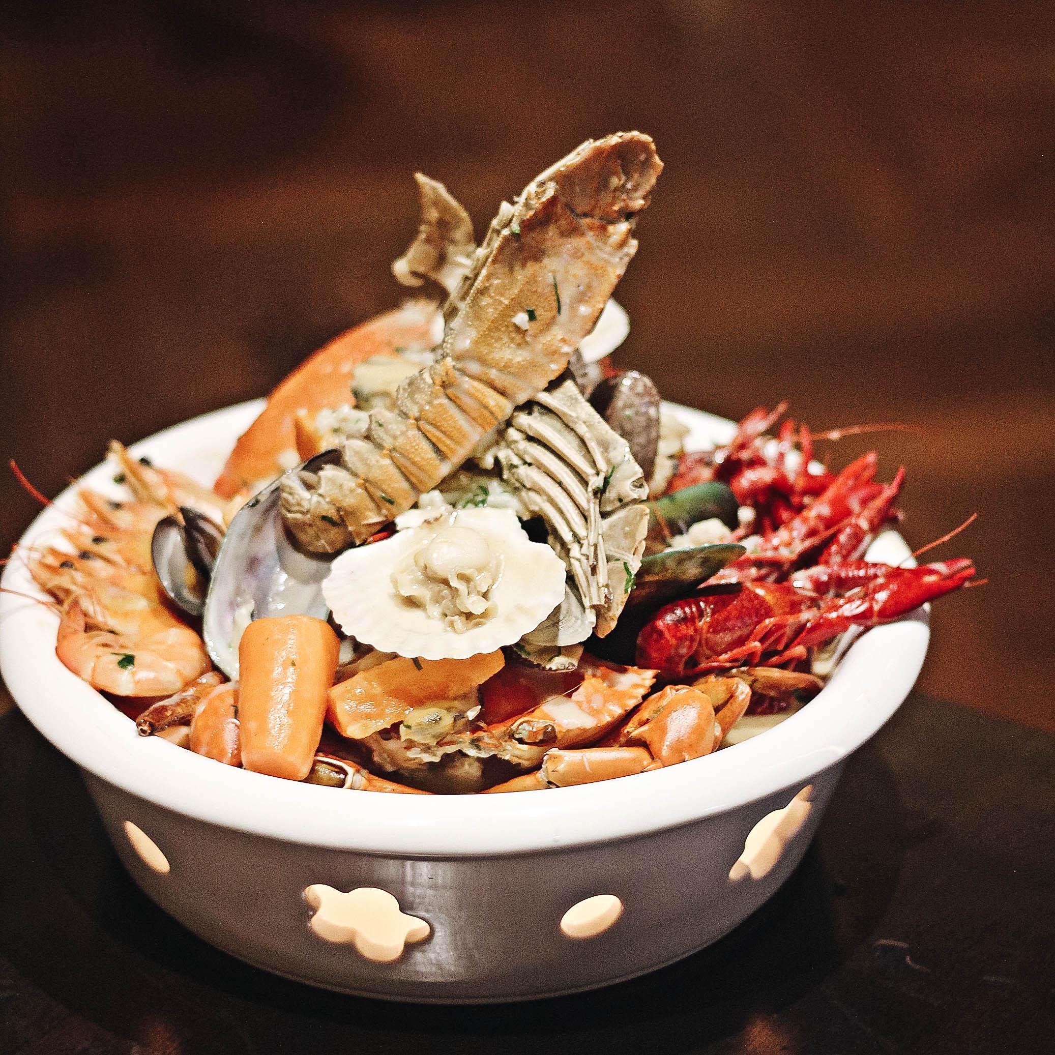 Seafood PotSocialLite
