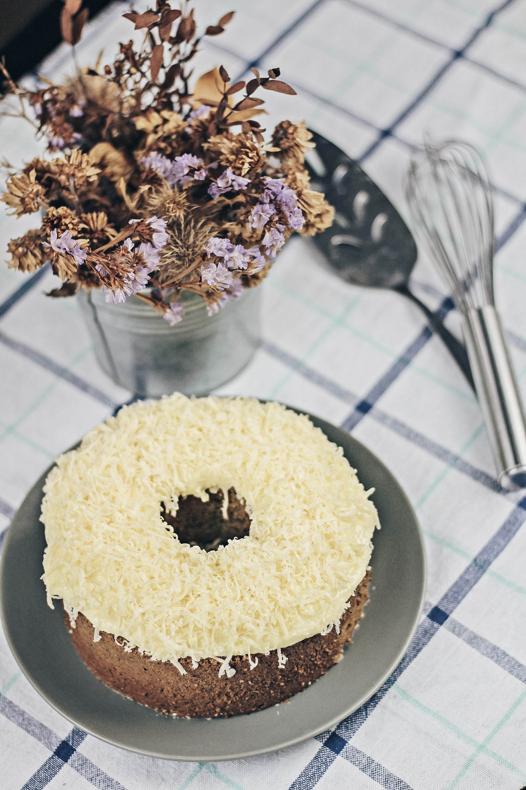 Jasmine Green Tea Chiffon Cake with Cheese