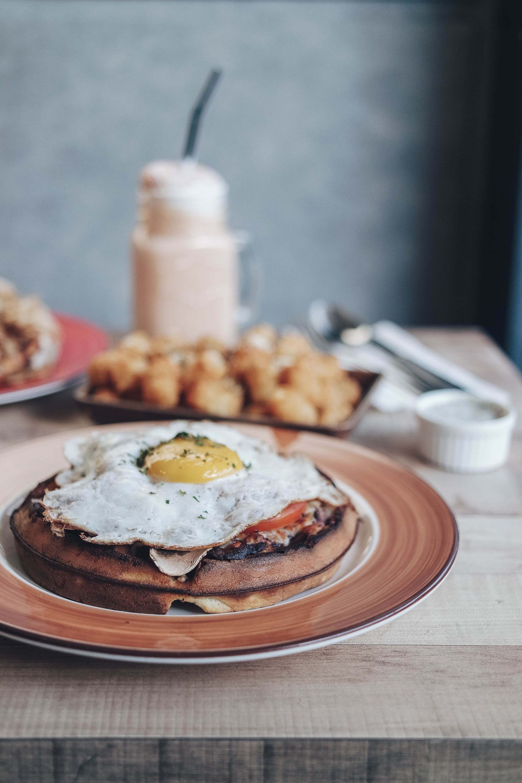 Common Chefs Bistro & Café - Full Breakfast Wazza