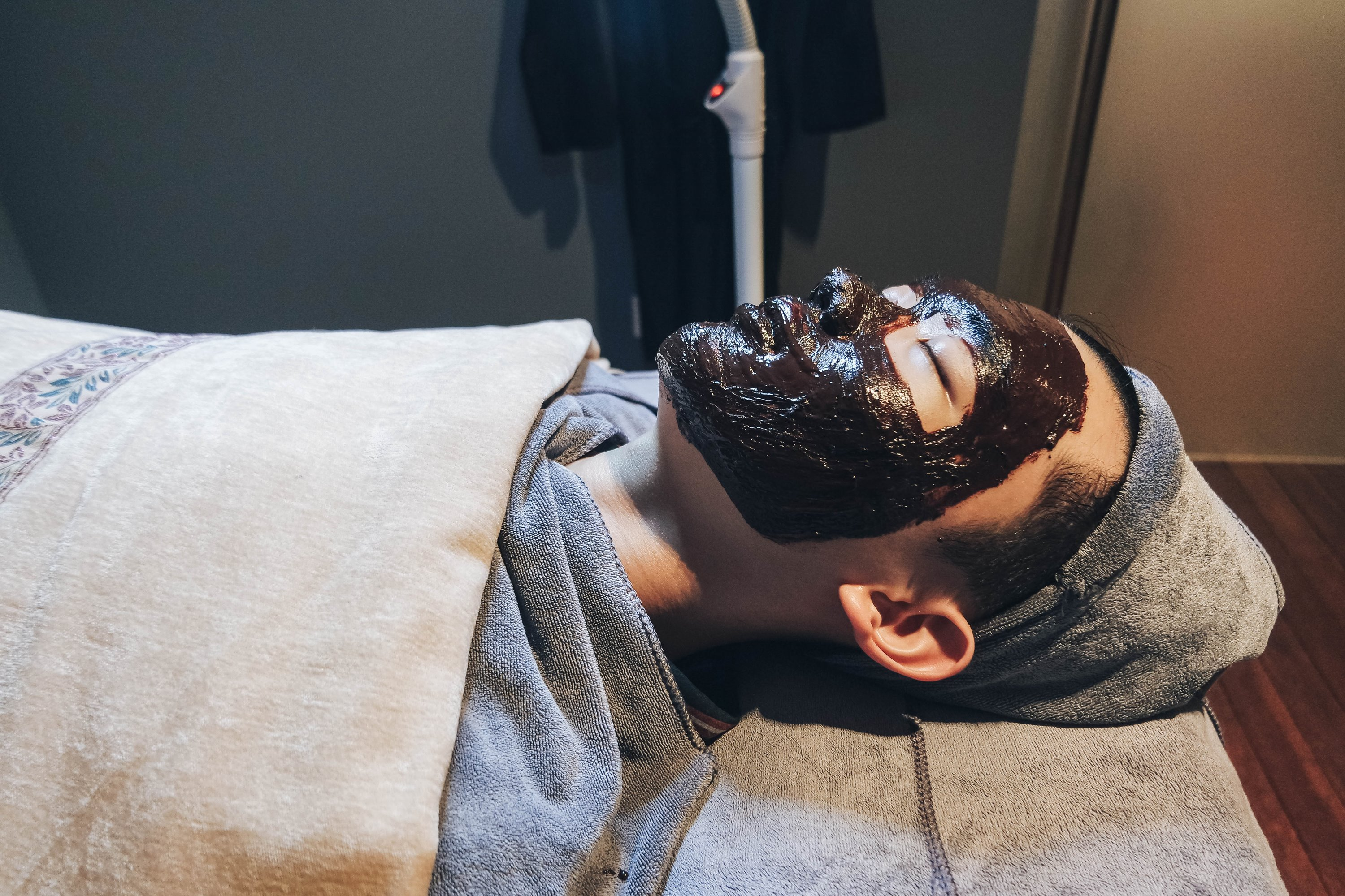 J Studios - De-Stress with Anti-Stress Chocolate Facial