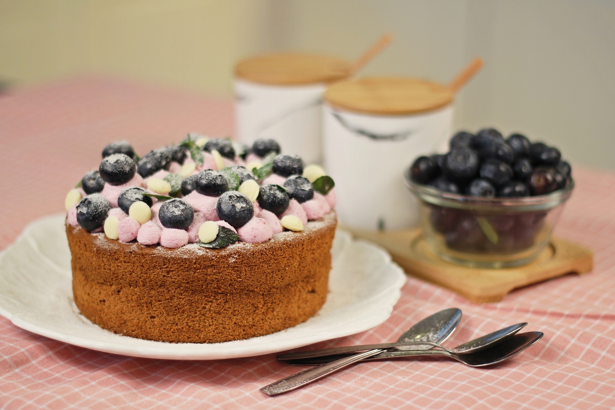 Blackcurrant Sponge Cake