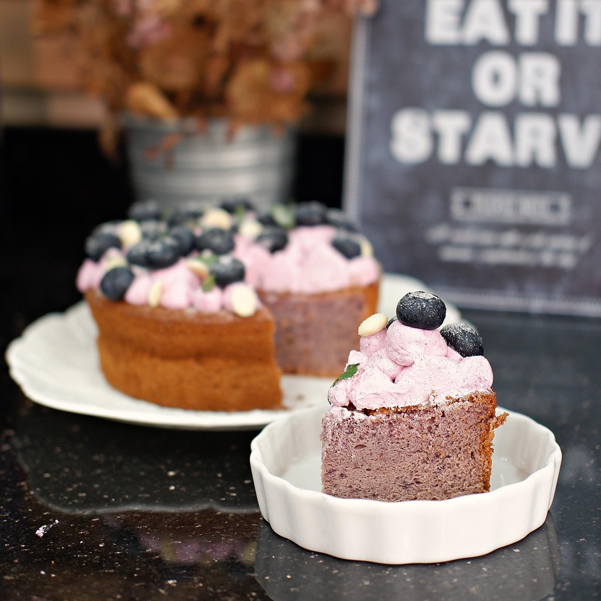 Blackcurrant Sponge Cake