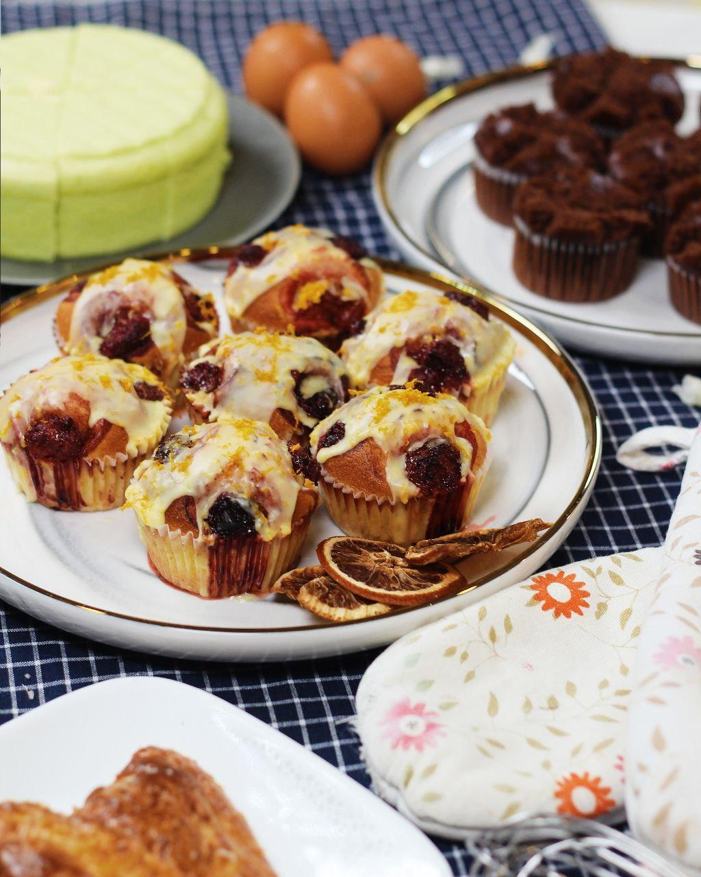 4 Recipes with Tefal Brilliance Steam Oven - Strawberry Orange Muffins