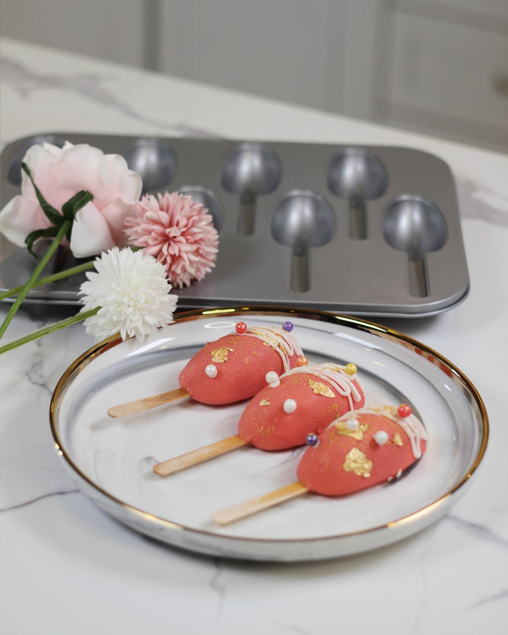 Strawberry Rose Cake Pop/Lollies